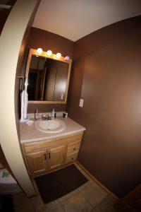 Cabin 15 bathroom
