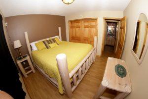 Cabin 15 bedroom (b)