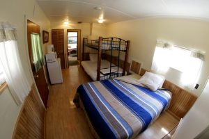 Cabin 3 bedroom - bunks and queen