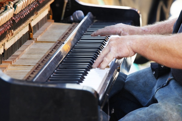 acoustic_piano picture